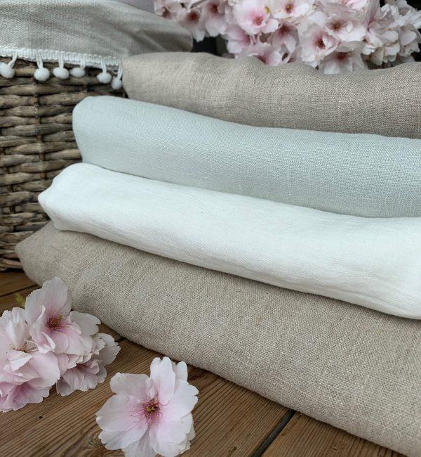 Samsø Linen Tablecloth (milky white)