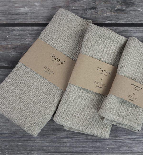 Avernakø Waffle Linen Towel (natural)